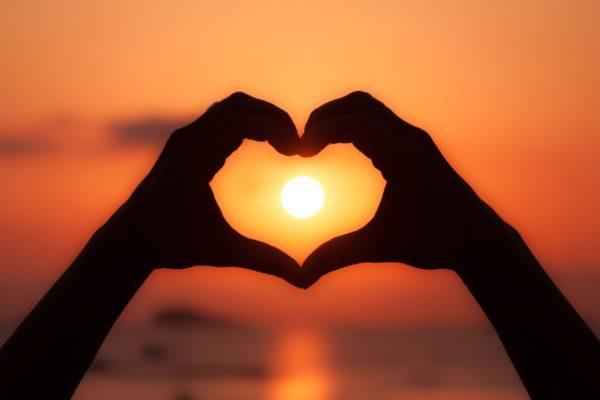 Il n'y a Rien d'Autre que l'Amour, alors, Dieu Aidez-moi,