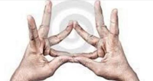Créez des « ondes de forme » avec vos doigts pour vous auto-guérir