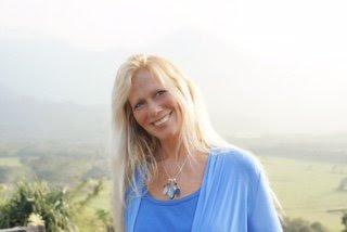 LISA BROWN – La Télépathie Remplace la Communication Verbale: Lire & Répondre à la Transmission Énergétique Vibrationnelle d'un Champ Quantique de Conscience (ou d'Inconscience)