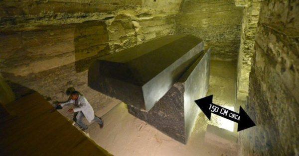 Égypte : Découverte de mystérieuses « boites noires »