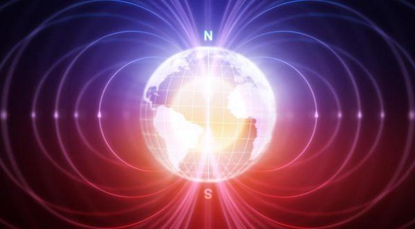 Le champ magnétique de la terre au bord du basculement