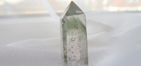 La pierre cristal fantôme et ses propriétés