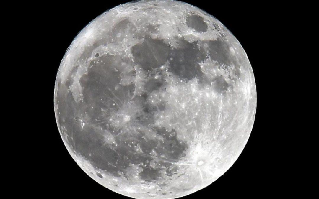 Espace Lune froide, solstice et étoiles filantes… une conjonction qu'on n'aura plus avant 2094