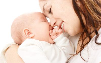 L'amour, c'est ce qui permet aux bébés de tisser des liens affectifs
