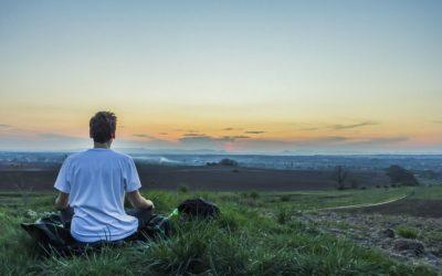 Méditation Metta: un rituel facile pour avoir plus d'amour dans votre vie