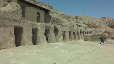 Égypte : une tombe de 3500 ans récemment découverte dévoilée au public