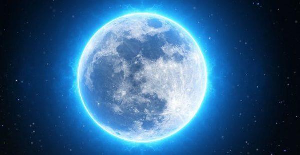 La pleine lune bleue en Scorpion du samedi 18 mai bouleversera l'énergie des signes du zodiaque