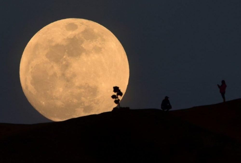 Lune : un impact (énorme) expliquerait la différence entre les deux faces