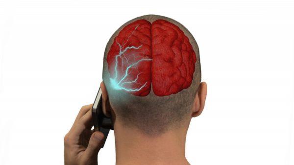 Les smartphones émettant le plus de radiations sont…
