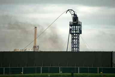 Gaz de schiste : Londres suspend la fracturation hydraulique par crainte des secousses sismiques