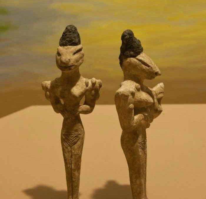 Au delà des jésuites Illuminatis...Nos Vrais Gouvernants Du coté Reptiles..... Figurines-obeid-1-700x675