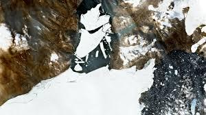 Le principal glacier de l'Arctique se fracture sous l'effet de la chaleur